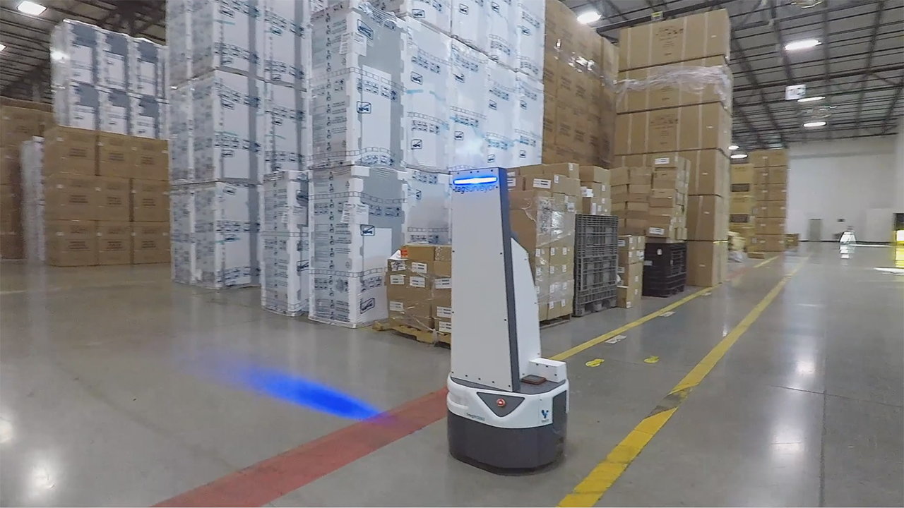 Ryder redefines the smart warehouse by partnering with innovative startups like Fetch Robotics to make warehouse automation mobile, flexible, customizable, and instantly scalable.