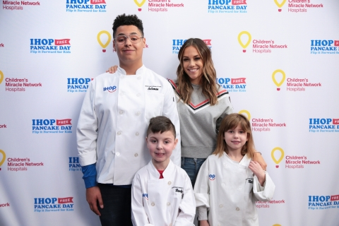 Jana Kramer, actress and country music superstar, served as a Pancake Panelist during the IHOP Kid Chef team event in Los Angeles, California. Kramer is joined by the annual competition's three finalists, (from left) Coleman Giles, 15, Brody Simoncini, 6, and Nellie Mainor, 8, all treated at a Children's Miracle Network Hospital. The event kicked off the IHOP Free Pancake Day -- Flip it Forward for Kids campaign, which happens Tuesday, March 12 and aims to raise $4 million for children's hospitals. (Photo: Business Wire)