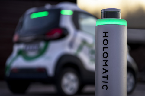 The HoloParking system taps the full power of Velodyne lidar sensors to help vehicles determine the safest path to a parking spot. (Photo: Business Wire)