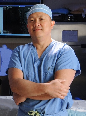 Dr. Tung Nguyen, neurosurgeon sees patients at Neurosurgery at the Bone and Joint Center and Southern NH Medical Center. (Photo: Business Wire).