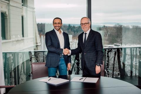 CEO of Jabal Omar Development Company, Yasser Faisal Al-Sharif and Peter Fulton, Hyatt group preside ...