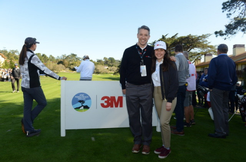 At the 3M Celebrity Challenge today, Salinas High School Senior Grace Gonzales receives a scholarship from Paul Keel, senior vice president, 3M Business Development and Marketing-Sales. (Photo: Business Wire)