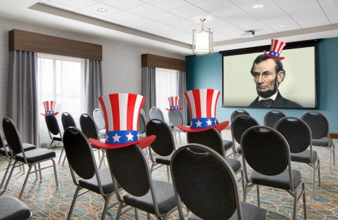 Honest Abe only wished he'd had access to 880 square feet of modern meeting and events space. (Photo: Business Wire)