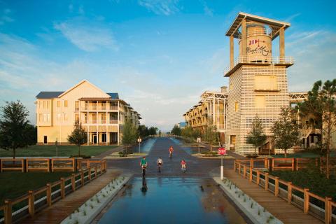 WindMark Beach Town Center (Photo: Business Wire)