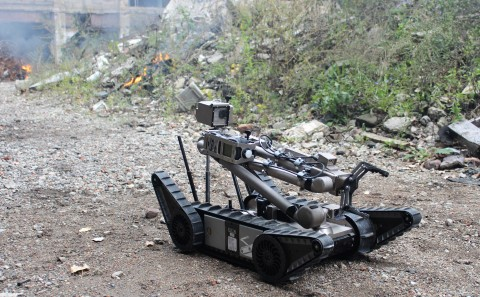 FLIR Systems entered into a definitive agreement to acquire Endeavor Robotics. Since 2002, more than 4,000 of Endeavor's combat-proven PackBot® have been used by troops to disable roadside bombs, clear IEDs and perform other dangerous missions on battlefields around the world. (Photo: Business Wire)