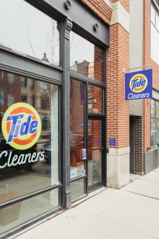 In addition to Chicago, Tide Cleaners has 24/7 boxes installed other metropolitan cities such as Boston, Dallas, and more. (Photo: Business Wire)