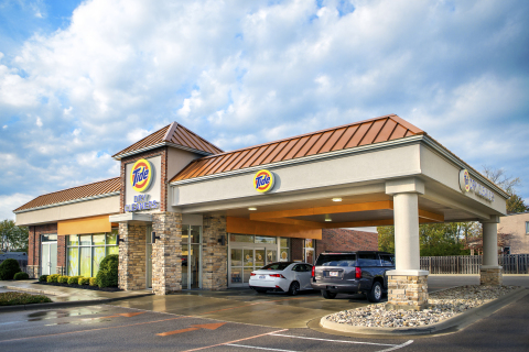Laundry built around your life, with valet service and convenient 24/7 drop-off and pick-up. (Photo: Business Wire)