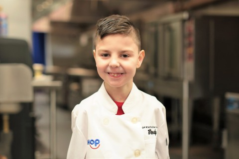 IHOP® names six-year-old Brody Simoncini as its 2019 Kid Chef Champion and announces limited-time availability of his winning pancake in restaurants nationwide (Photo: Business Wire)