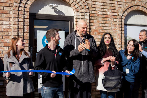 Pennsylvania Lt. Governor John Fetterman cut the ceremonial ribbon officially opening Cresco Labs CY+ dispensary in New Kensington, PA (Photo: Business Wire)