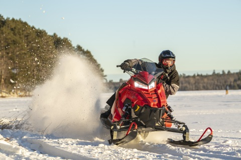 The all-new INDY® XC 137 brings high-performance riders the ultimate in handling and versatility, along with a premium Walker Evans® shock package. (Photo: Business Wire)
