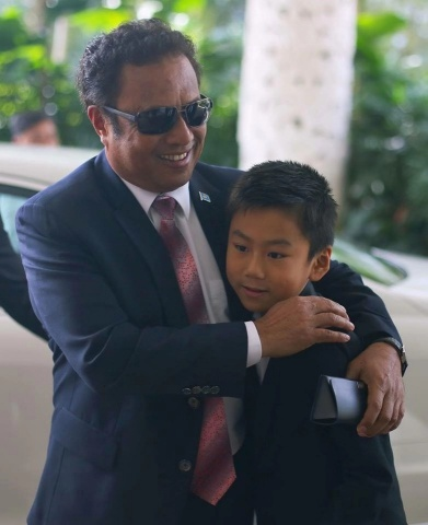 International Child Celebrity, Emiliano Cyrus aged 10 appointed as the Republic of Palau's Honorary Goodwill Ambassador for Tourism by President of The Republic of Palau, Tommy Remengesau (Photo: Business Wire)