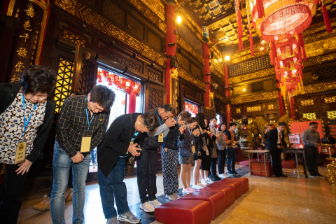 Temple hopping with Good Fortune Hong Kong: Thailand groups visiting Wong Tai Sin Temple for a cultural immersion. (Photo: Business Wire)