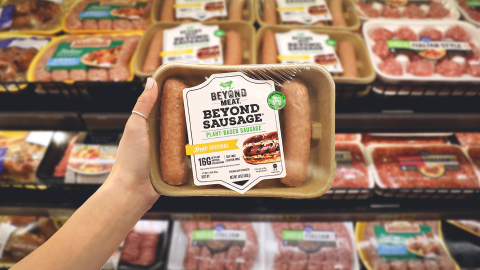 Beyond Sausage, the revolutionary plant-based sausage that looks, cooks and tastes like pork sausage, expands distribution to retailers nationwide (Photo: Business Wire)