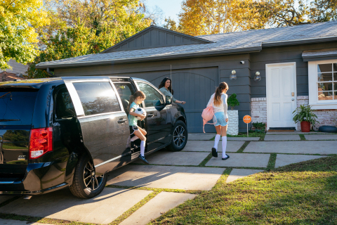Vivint Smart Home protects what's most important-your family, home and car. (Photo: Business Wire)