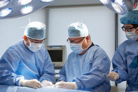 Trueman Man Clinic Network宣布,该所已成功完成1万台SWITCH早泄手术(神经保留)。Trueman Man Clinic Network是韩国领先的开展男性机能提升手术的医 ...