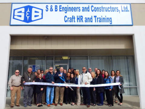 Members of the local community joined S & B to celebrate the grand opening of the Mont Belvieu craft hiring office, which will support S & B's significant construction backlog in Mont Belvieu, Baytown and surrounding areas. (Photo: Business Wire)