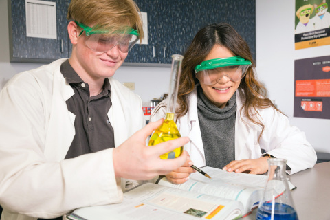A chemistry class with a one-teacher to one-student ratio makes learning highly personalized at Futures Academy. (Photo: Business Wire)
