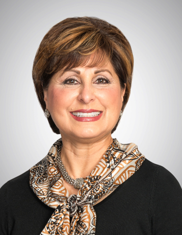 Lydia Shaw, Executive Vice President Community Banking (Photo: Business Wire)