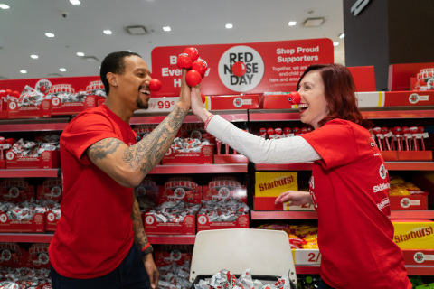 Walgreens kicks off 2019 Red Nose Day with #HeroHighFive challenge (Photo: Business Wire)
