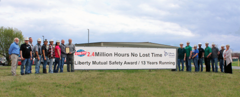 UTM Paragould Receives Safety Award (Photo: Business Wire)