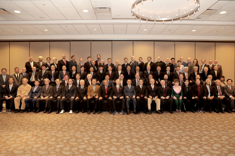 Official USTGS Group photo - Great Grandmaster Tae Yun Kim is the only Grandmaster in the photo. (Photo: Business Wire)