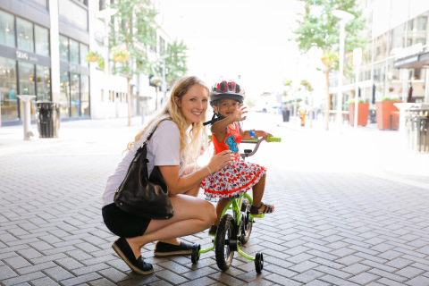 Huffy and Together We Rise have partnered to donate bikes to foster families across the US to encourage family togetherness and bonding as they hit the road, trail or bike path. (photo courtesy of Together We Rise)
