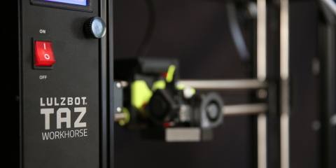 The next generation LulzBot TAZ Workhorse has a lightweight tool head design with 360 degree cooling and hardened steel components, enabling fast, superior quality prints using high-heat and high-strength composite polymers right out of the box. (Photo: Business Wire)