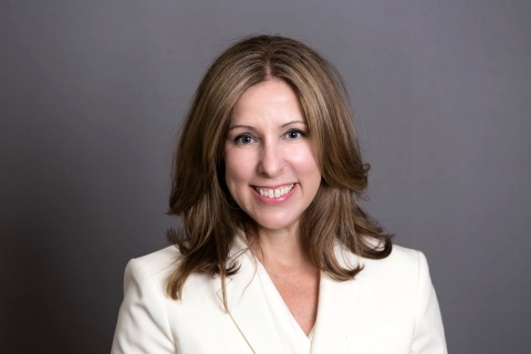 Diane Fox has been named SVP at CHMWarnick and will open the company's Chicago offices. (Photo: Business Wire)