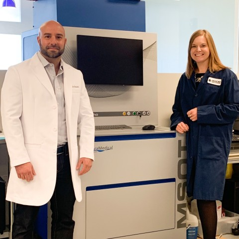Mr. Tullio Giannitti, General Manager, Americas at iThera Medical and Ms. Ciara Finucane, Senior Director and Business Leader of Discovery Research at Invicro with the MSOT inVision platform. (Photo: Business Wire)
