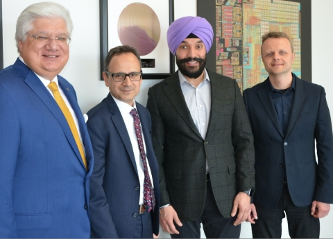 Cognitive Systems' Co-Founders Taj Manku (CEO) and Oleksiy Kravets (CTO) together with Navdeep Bains, Canada's Minister of Innovation, Science and Economic Development and Mike Lazaridis, Managing Partner and Co-Founder of Quantum Valley Investments. (Photo: Business Wire)