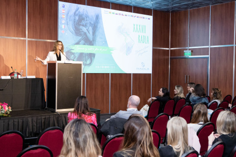 Dr. Lucy Gildea, Mary Kay's Chief Scientific Officer presenting at the Pollution and Skin Health sym ...