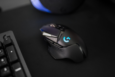 Evolution meets revolution with the new LogitechG G502 LIGHTSPEED Wireless Gaming Mouse #PlayAdvanced (Photo: Business Wire)