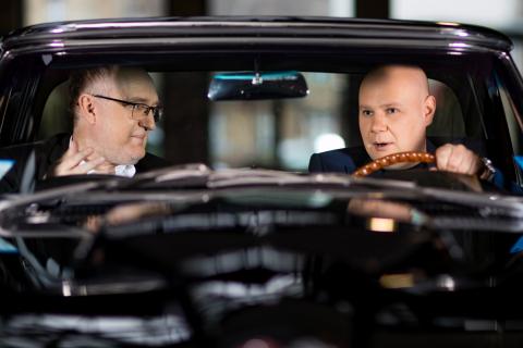 Le PDG d'AUTODOC, Alexej Erdle (à droite): « Nous voulons continuer à croître plus vite que le march ...