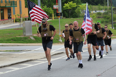Shepherd's Men Run: A week of half-marathons tells veterans about highly successful treatments for TBI and PTS at Shepherd Center's SHARE Military Initiative. (Photo: Business Wire)