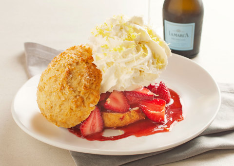A summer classic, CPK's Strawberry Shortcake features a fresh shortcake biscuit piled high with seasonal strawberries, whipped cream and housemade candied lemon zest. (Photo: Business Wire)
