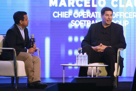 General Partner at Pegasus Tech Ventures, and Chairman of Startup World Cup, Anis Uzzaman (left), moderating a fireside chat with Marcelo Claure (right), COO of SoftBank Group, and Chairman of Sprint (Photo: Business Wire)