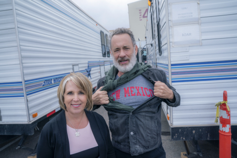 Tom Hanks with New Mexico Governor Michelle Lynn Lujan Grisham (Photo credits: Karen Kuehn/Universal Pictures and Amblin Entertainment)