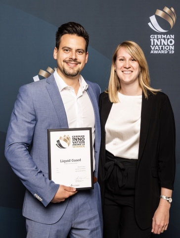 Oliver Sonntag, CEO Nano-Care Dr. Fabienne Hennessen, Antimicrobial Coating Division (Photo: Busines ...