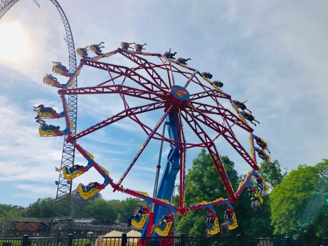 SUPERGIRL: Sky Flyer has taken off at Six Flags St. Louis, sending guests spinning upside down in open air seats some 7 stories high.