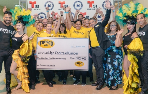 Fresco y Más stores throughout South Florida teamed up from May 1 through May 28 to raise funds and awareness for the League Against Cancer and proudly presented $105,000 to the not-for-profit organization at the 44th annual La Liga Contra el Cancer Live Telemarathon. The stores rallied behind the program by educating customers on the cause and encouraging customers to donate at the register. (Photo: Business Wire)