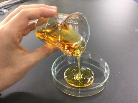 聚酰亚胺清漆 (照片:美国商业资讯)