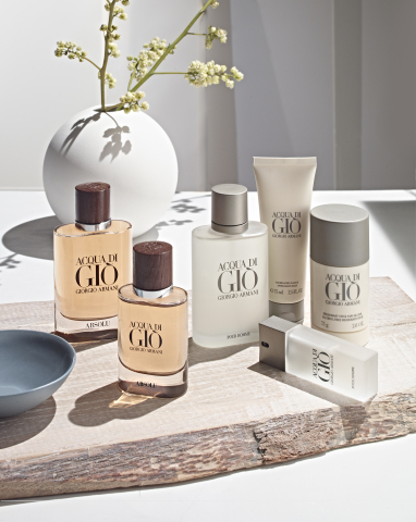 Celebrate Dad in style this Father's Day with a thoughtful gift from Macy's. Giorgio Armani Acqua Di Gio Set, $98.00 - $118.00. (Photo: Business Wire)