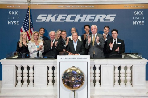 Skechers USA, Inc. (NYSE:SKX) celebrates 20 years on the New York Stock Exchange. Skechers President Michael Greenberg, executives and guests ring the NYSE Closing Bell® alongside Jim Byrne, NYSE Head of U.S. Listings. Photo Credit: NYSE