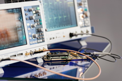 Offered as a bare-die, this amplifier is well suited for use in test and measurement (T&M) and commu ...