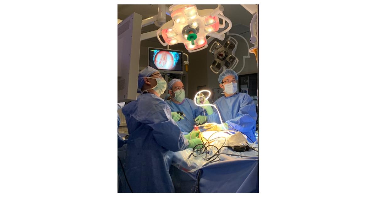 "Keyhole"" Surgery Repairs Spina Bifida In Utero | Business Wire"
