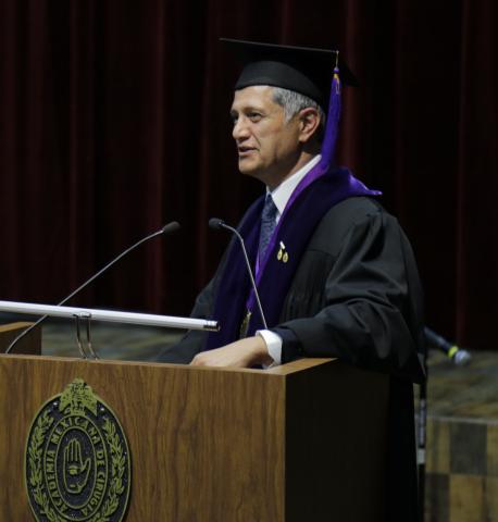 Joe Kiani被墨西哥外科学院委任为荣誉学者