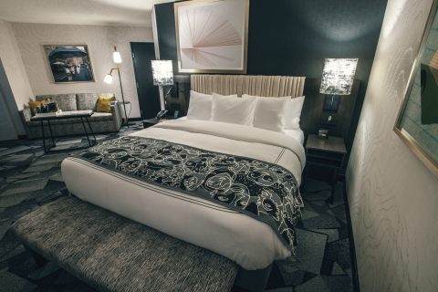 Saint Kate - The Arts Hotel opened June 4 in Milwaukee, Wisconsin (Photo: Business Wire)