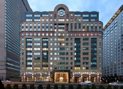 Columbia Property Trust has signed a lease with Silversmith Capital Partners at 116 Huntington Avenue in Boston, which helped bring the building to 100% leased. Photo by Chuck Choi Architectural Photography.