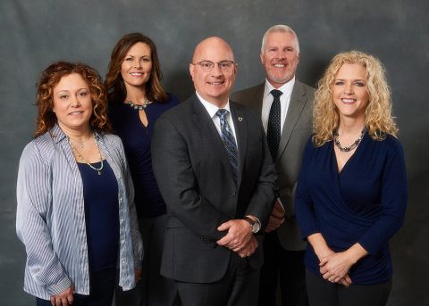 NAI Ohio River Team: Julie Shaffer, Renay Sanders, Bryce Custer, Leon McCombs, Laurie Stanbro (Photo: Business Wire)