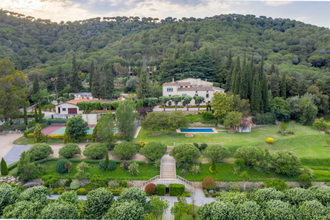 Villa Argentona (Photo: Business Wire)